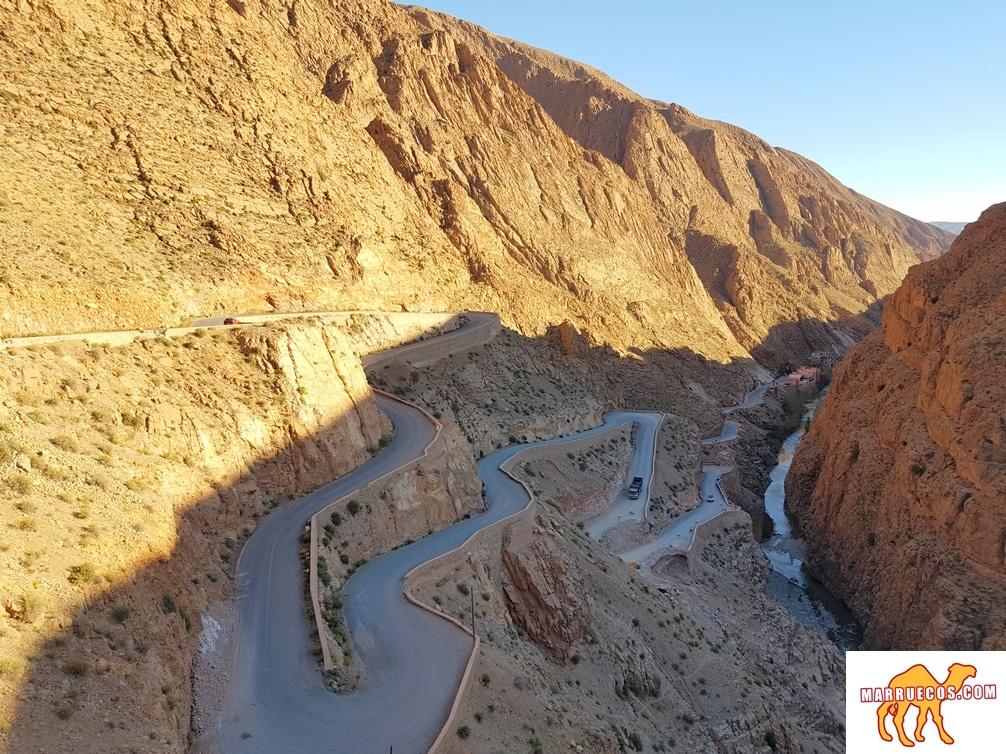El le n del atlas for Oficina turismo marruecos