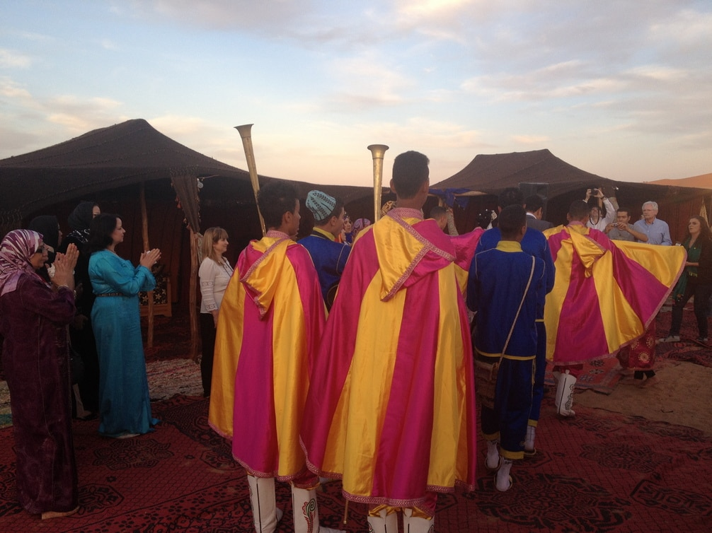 Música Y Acrobatas De Una Boda Berbere