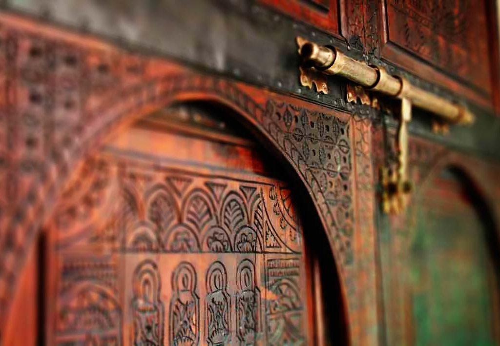 Puerta De Madera En Marrocos