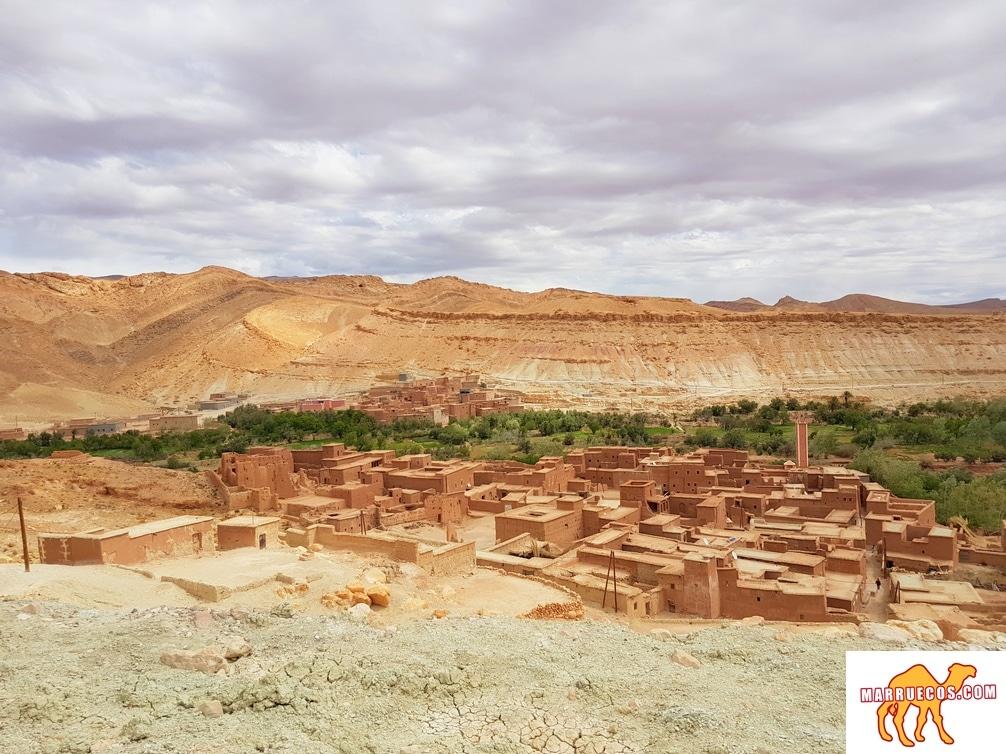 Despertar En Soledad En Un Pueblo Extraño Es Una De Las Sensaciones Más Placenteras De Este Mundo