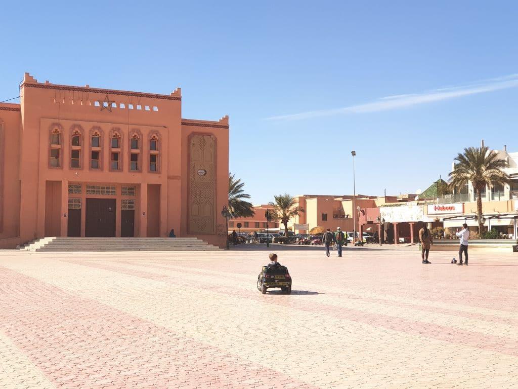 Plaza Al-Mouadihine en Ouarzazate