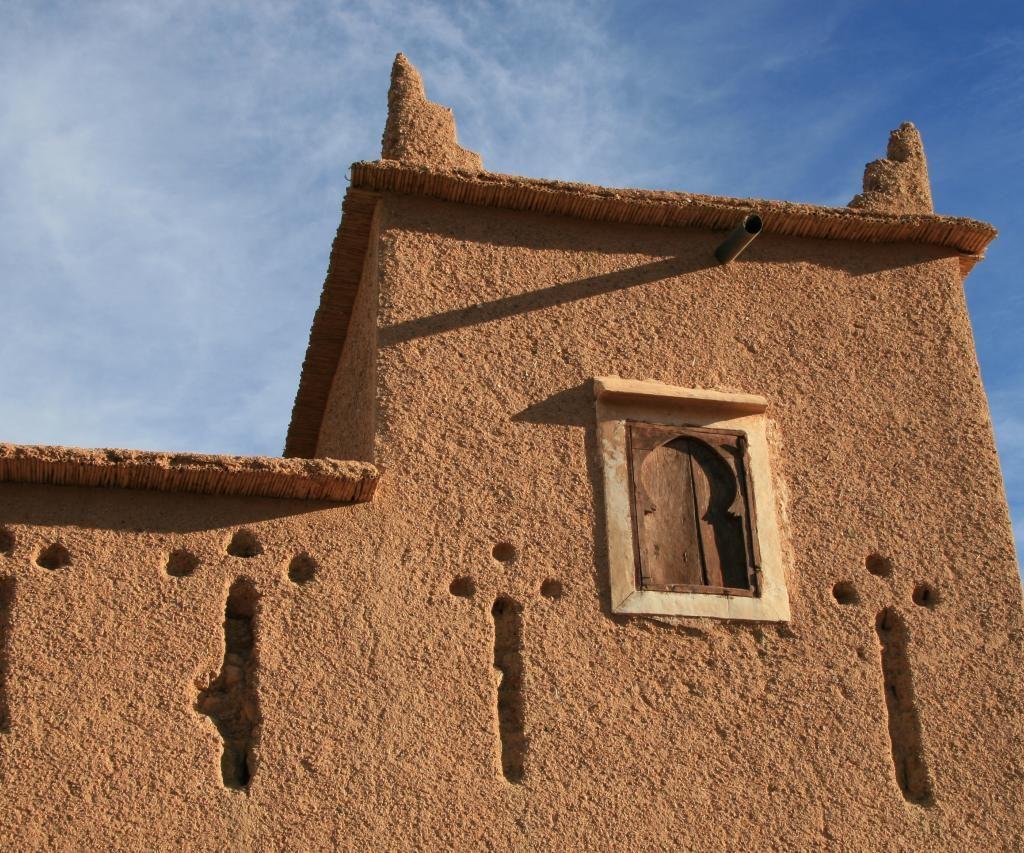 Casa Estilo Kasbah Marroquí Hecha De Barro