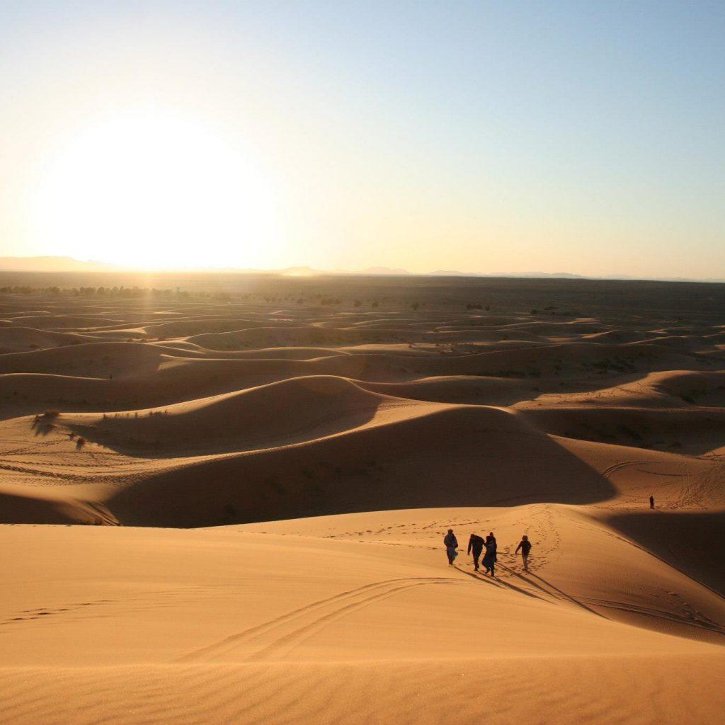 Puesta Del Sol En El Desierto Del Sahara Marroquí